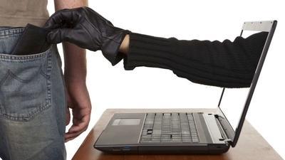 se protéger des arnaques en ligne